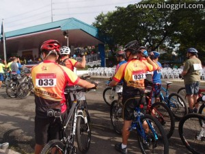 Padyakan sa Bicutan - Civilian mountain bikers